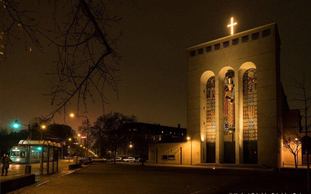 Illumination der Frauenfriedenskirche